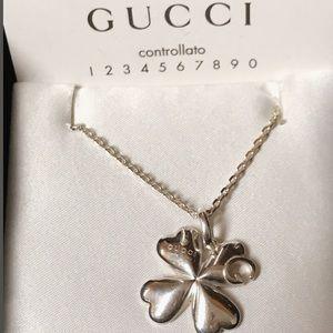 9319e9da938dd GUCCI Sterling Silver G Charlotte Clover Necklace